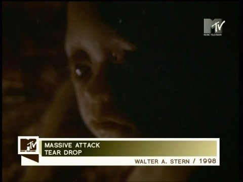 teardrops massive attack Massive attack's teardrop — spare, sombre, haunting it has been covered more than 20 times, but few mainstream musicians today would be afforded the freedom to.